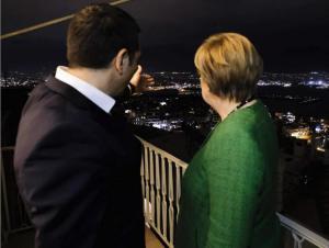 Read more about the article Spiegel: Η Ελλάδα απειλεί με κατάσχεση γερμανικών περιουσιακών στοιχείων