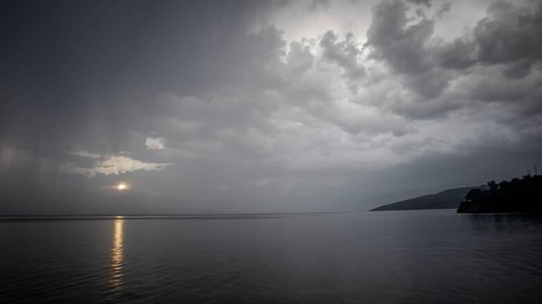 Καιρός: Έρχεται κακοκαιρία με βροχές και καταιγίδες