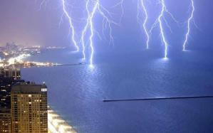 Read more about the article Καιρός: Ισχυρές καταιγίδες και χαλάζι – Πού θα «χτυπήσουν» τα φαινόμενα τις επόμενες ώρες