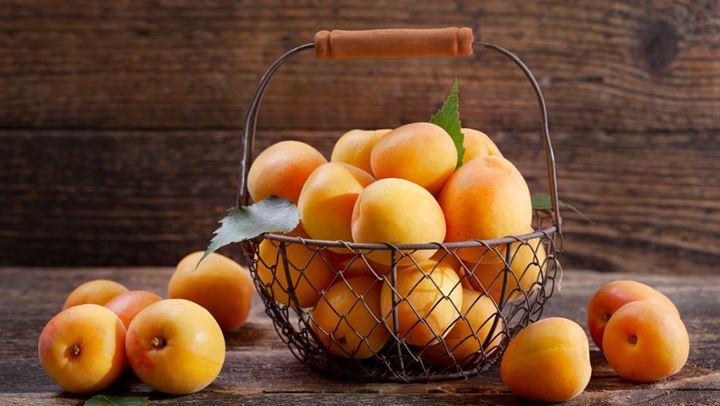 Το βερίκοκο είναι αγαπημένο φρούτο εποχής που διακρίνεται τόσο για την υπέροχη γεύση, όσο και για το ξεχωριστό χρώμα του.