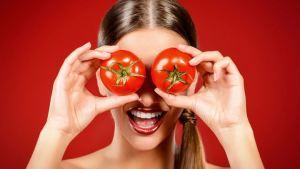 Αντιγηραντική μάσκα με ντομάτα και μέλι