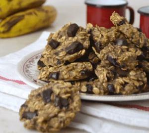 Μπισκότα βρώμης με μπανάνα και σοκολάτα