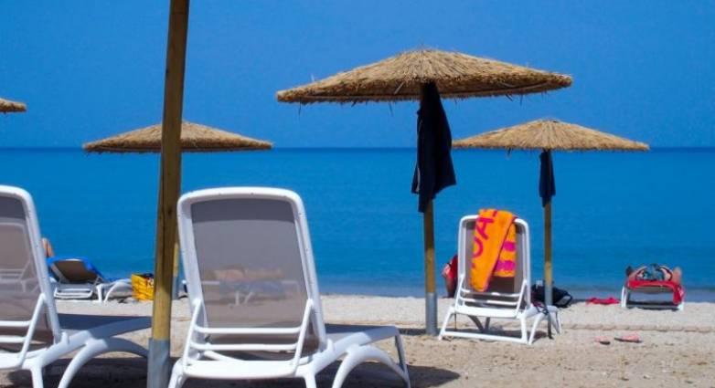 Κορονοϊός: Πώς θα κάνουμε μπάνιο στη θάλασσα – Τι λένε οι ειδικοί