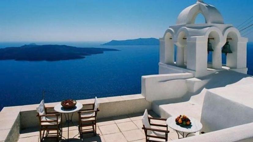 Read more about the article Τουριστική περίοδος 3 μηνών – Με υγειονομικό διαβατήριο οι τουρίστες