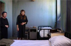 ΑΓΡΙΕΣ ΜΕΛΙΣΣΕΣ – Spoiler: Ο «προδότης» του Βόσκαρη που θα βοηθήσει την Ελένη να αποδράσει