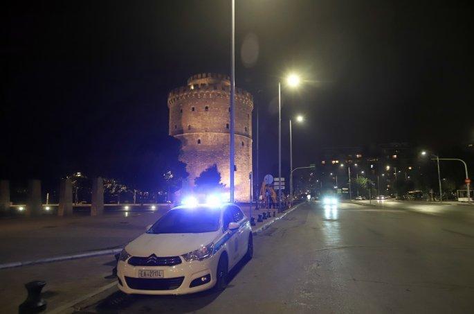 Κορονοϊός - Θεσσαλονίκη: Ασφυκτιούν τα νοσοκομεία - «Κόλαση» η εφημερία στο Παπανικολάου