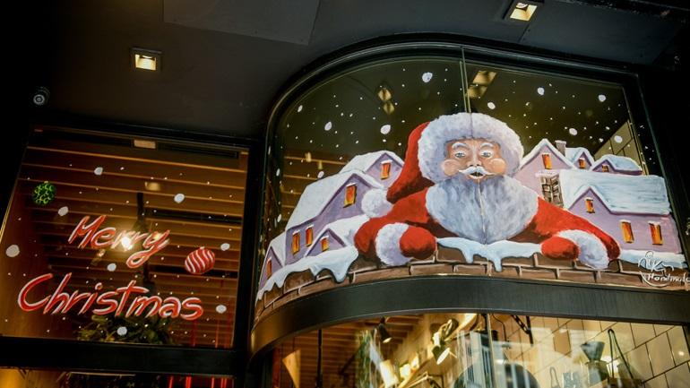 Ποια καταστήματα σχεδιάζεται να ανοίξουν πριν τα Χριστούγεννα