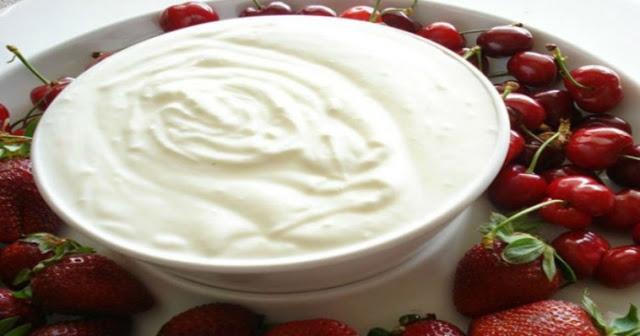 Read more about the article Δίαιτα: Χάστε μέχρι και 5 κιλά σε 7 ημέρες τρώγοντας γιαούρτι με Μήλο