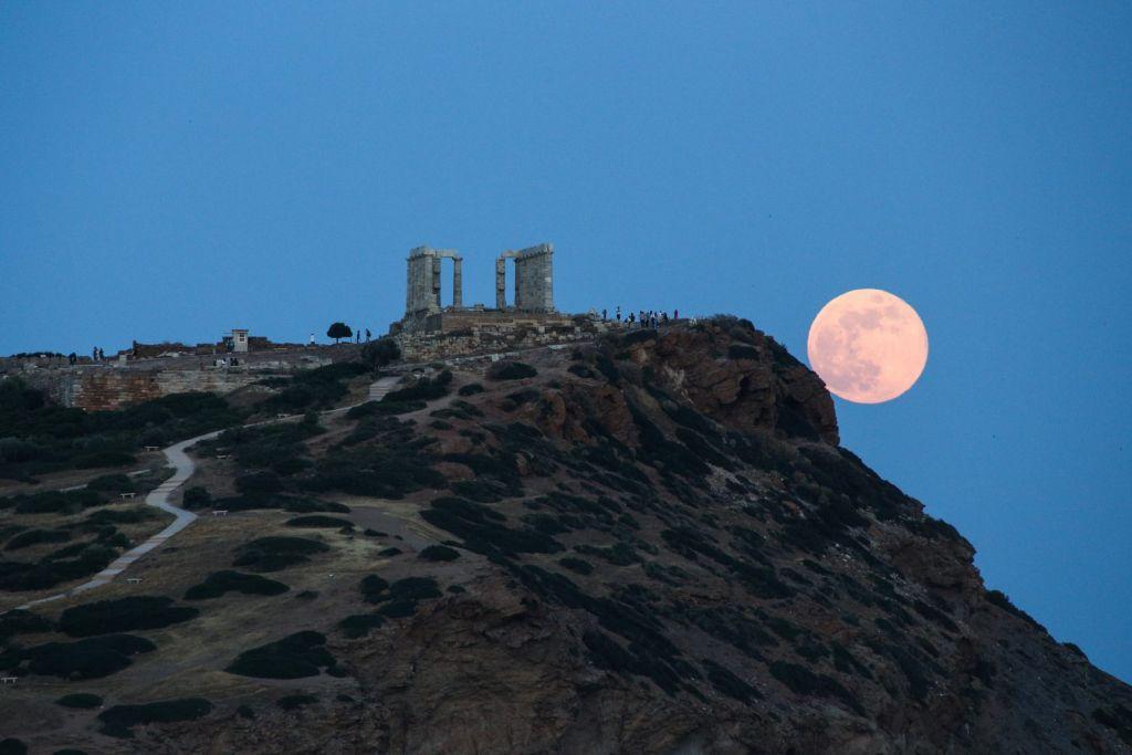 Read more about the article Πανσέληνος Αυγούστου – Με ελεύθερη είσοδο σε αρχαιολογικούς χώρους και μουσεία