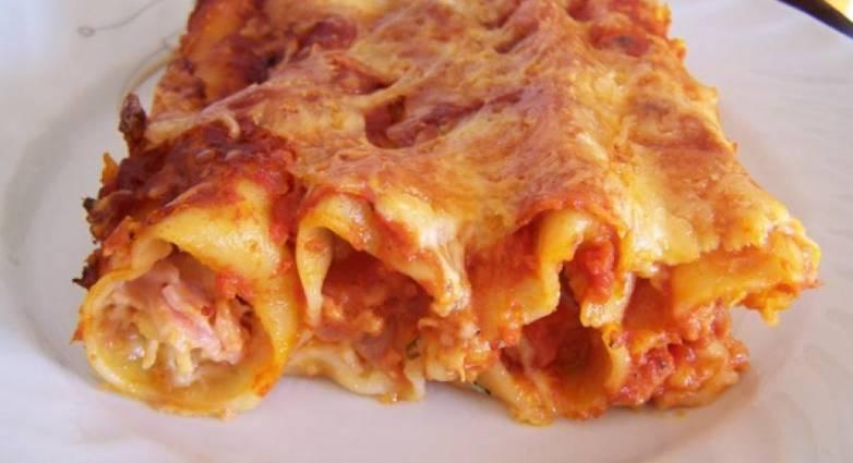 Κανελόνια με τυριά και αλλαντικά, έξτρα σπέσιαλ