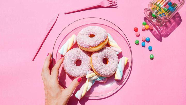 4 tips για να αποφύγετε τα γλυκά όταν κάνετε δίαιτα