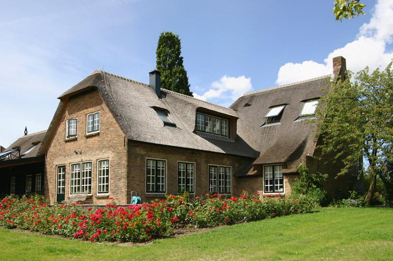 Een nieuw huis zonder verhuizen. drie ongelooflijk mooie huis make