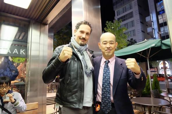 Senpai Lorenzo Sardara insieme con Kancho Minoru Tanaka, fondatore e direttore dello Shinseikai International Karate-Do Organization