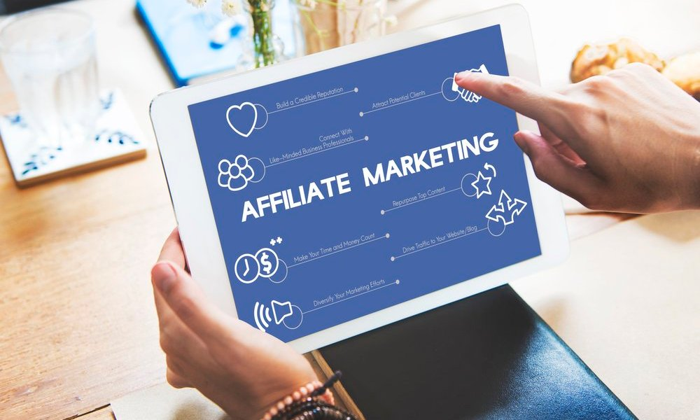 Affiliate marketing on a tablet