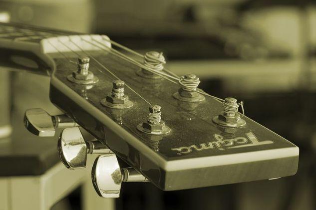 guitar string 2