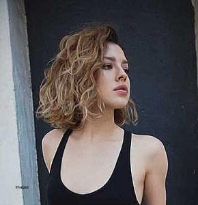 Blagi minival -savršena frizura za odmor