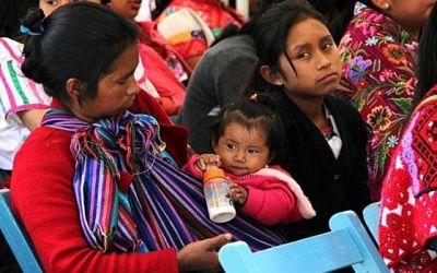 Mujeres indígenas en México tienen limitado el acceso a los servicios de salud