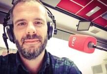 Toño Fraguas estudió Filosofía y habla de «filosofía incómoda» en Las mañanas de RNE, en Radio Nacional, con Pepa Fernández.