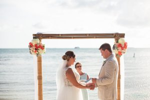 groom reads his wows