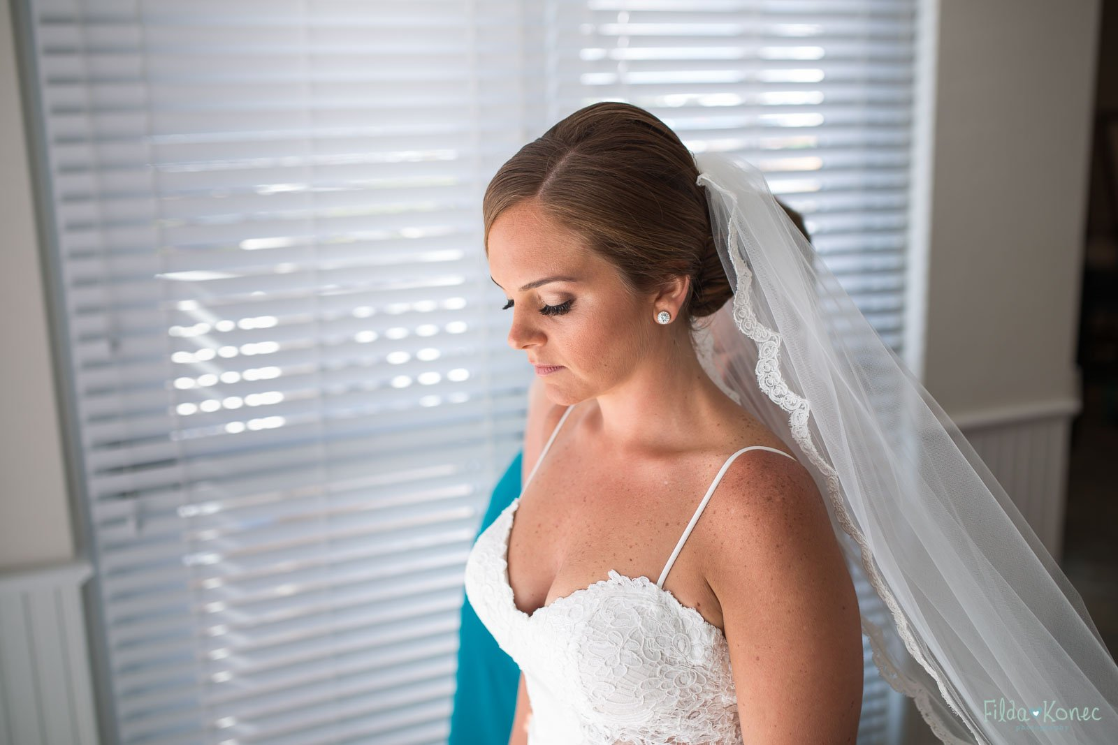 final touches before her key west wedding ceremony