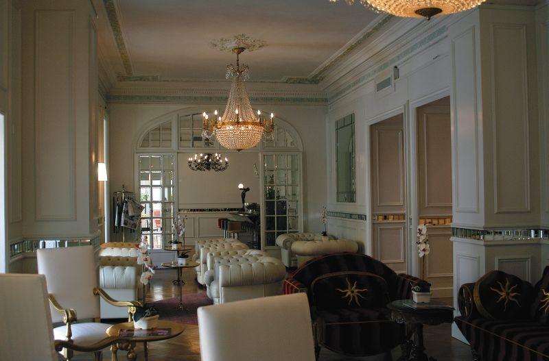 Hotel Des Ambassadeurs In Menton French Riviera