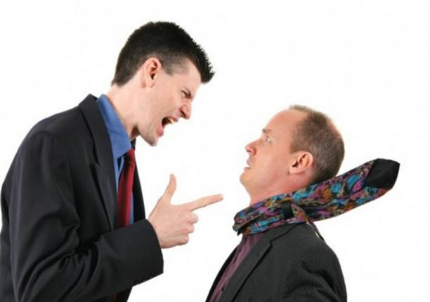 conflitos na igreja