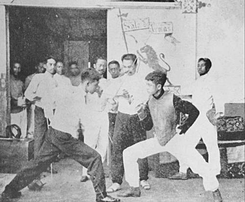Antonio Luna fencing school