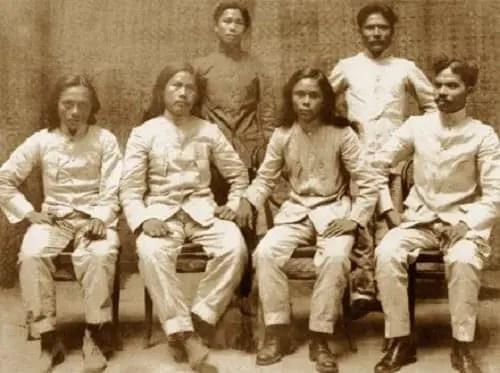 Julian Montalan, Francisco Carreon, Macario Sakay, Leon Villafuerte, Benito Natividad and Lucio de Vega. Via bayaniart.com