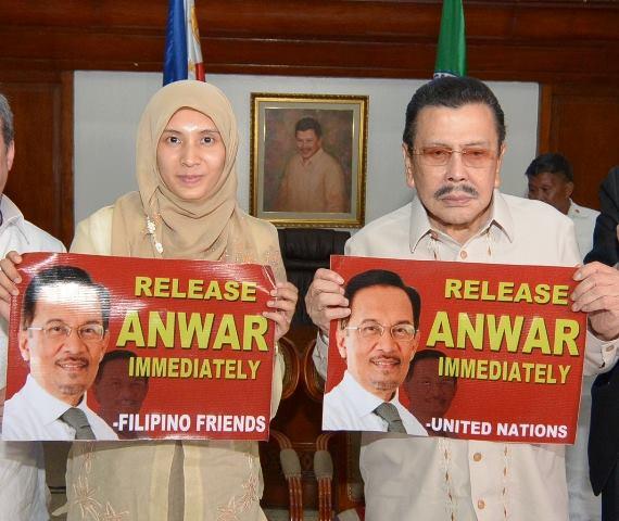 free anwar ibrahim now