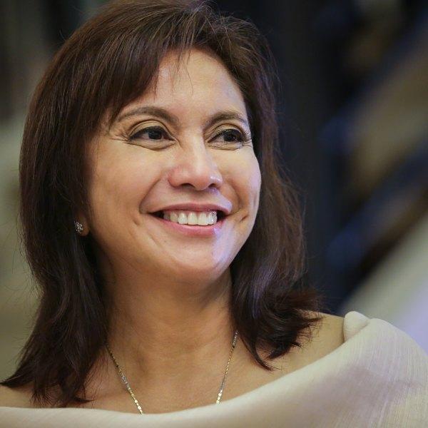 Leni Robredo joins presidential race – #BotongPinoy2022