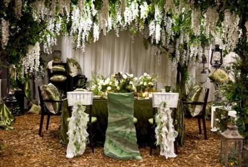 the-twilight-saga-breaking-dawn-inspired-wedding-decor-las-500x338