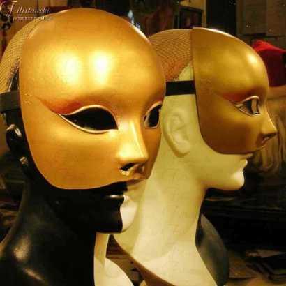 Maschera dorata