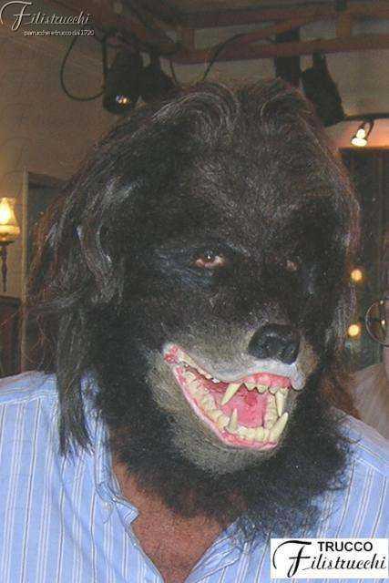 maschera da uomo-lupo