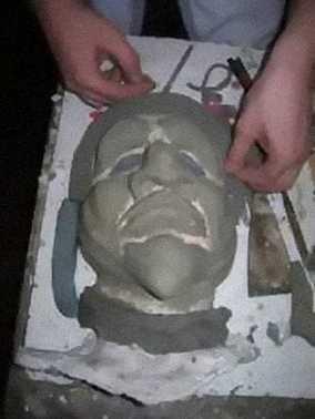 Fase di lavorazione maschere
