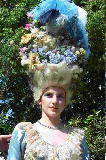 Parrucca stile Rococo' con fiori art 740D-FIORI