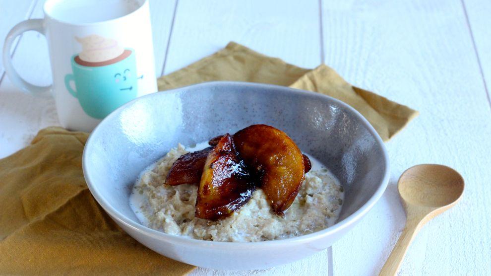Porridge pommes caramélisées et cannelle