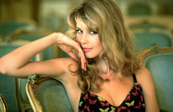 Top-10-most-beautiful-hottest-Women-in-Germany-2018-Claudia-Schiffer