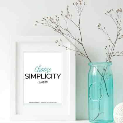 The Simple Summer planner bundle: Create your best summer ever — printable planner and journal pages, printable checklists, motivational printables. Details here… | www.fillingthejars.com