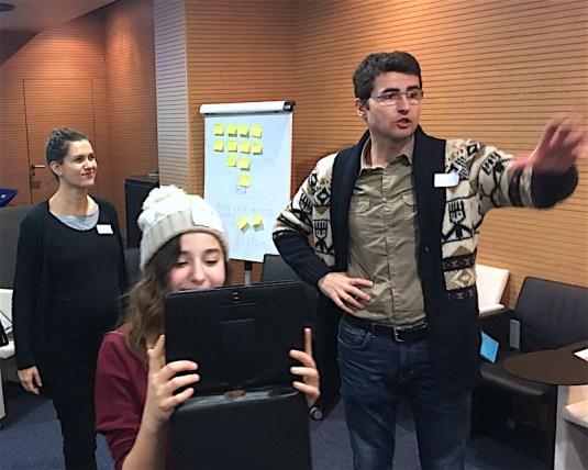 Enseñando a grabar vídeo con tablets