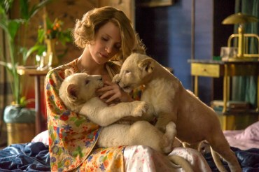 The-Zookeepers-Wife-2.jpg