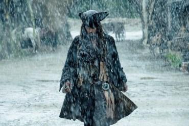 Pirates-of-the-Caribbean-Salazars-Revenge-90.jpg