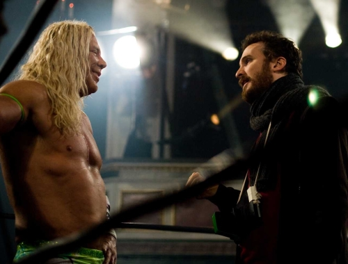 Mickey Rourke and Darren Aronofsky filming The Wrestler