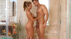 Filme porno 2014 cu Nuru Massage full HD 1080p .
