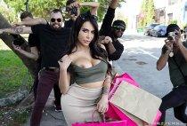 Lela Star , filme porno , 2015 , hd , muie , pizda , cur mare , orgasm , pula mare , Kim K Fucks The Paparazzi , Under The Desk , Persuading Lela .