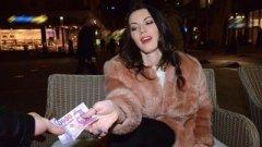 Prostituate futute in public si filmate full HD 1080p .
