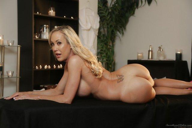 Top 10 cele mai sexy porno staruri blonde in porno acum . 5