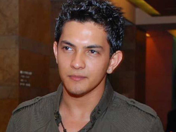 Aditya Narayan reveals he only has Rs. 18000 left in his account as lockdown continues