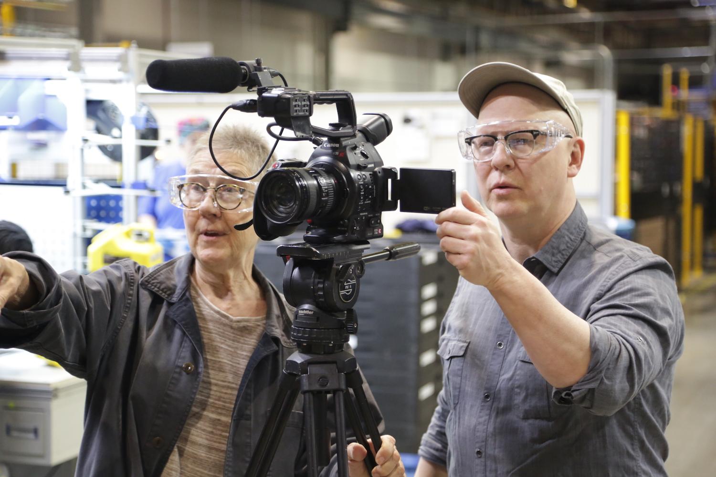 Directors Julia Reichert and Steven Bognar filming AMERICAN FACTORY ©Netflix