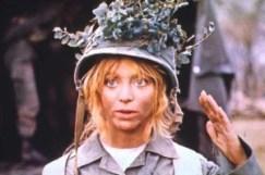 Goldie Hawn - Soldato Giulia agli ordini