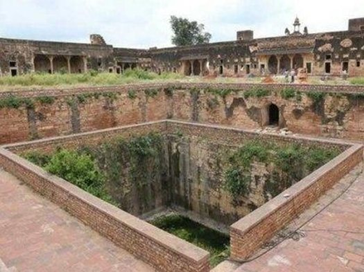 Their Cries Were So Loud That Alauddin Ordered The Kund To Be Closed Permanently
